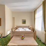 _aib3153_4_5_6_7_interiorroom