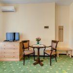 _aib3386_87_88_89_90_interiorroom