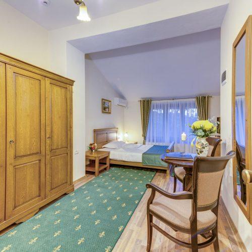 _aib3474_5_6_7_8_9_interiorroom