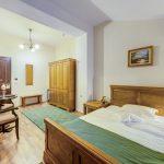 _aib3485_6_7_8_9_interiorroom
