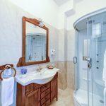 _aib3657_58_59_60_61_interiorroom